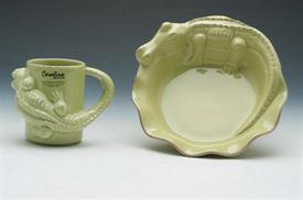 ,_ALLIGATOR PLATE AND MUG SET GREEN