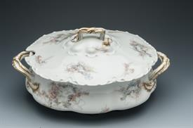 "HAVILAND COVERED SOUP TUREEN 13.5""L X 7.75""W X 6.25"" TALL"