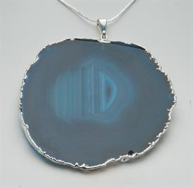 -GN130S GEM NECKLACE AGATE SLICE LARGE SILVER EDGE +DIP 1 3/4""