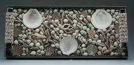 -TRAY BEACHFRONT ASSORTED SEASHELLS UNDERGLASS ON TOP 2 HANDLES WOOD BASED. 7X17