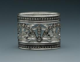 """_NAPKIN RING ORNATE OVAL SILVER PLATE 2""""WIDE"""