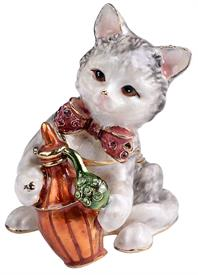 ",_GRAY & WHITE KITTEN WITH PINK BOW HOLDING A PERFUME BOTTLE WITH MATCHING NECKLACE. 2.4"" TALL."