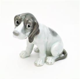 ",HEUBACH GERMAN HOUND DOG FIGURINE  4""T X 4""L"