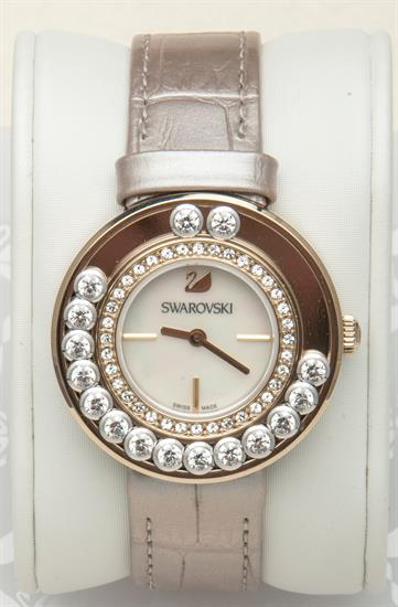 BELLEAIR COINS LOVELY CRYSTALS LIGHT GOLD TONE WATCH