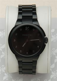 -CITY BLACK BRACELET WATCH