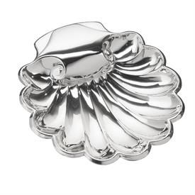 "-$C91830 SALISBURY ENGRAVEABLE HANDLE SCALLOPED BOWL BAPTIMSAL CHRISTENING SHELL. STERLING SILVER. 4.5""x4"""