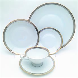 ,RONDO BY ROSENTHAL 5 PIECE PLACE SETTING. INCLUDES DINNER, SALAD, BREAD PLATES, CUP & SAUCER. CA. 1963-1977