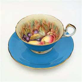",SET OF 4 PRESENT TENSE 'SNOWMAN' SALAD PLATES. MADE IN ITALY. 8.75"". CA. 1999-2003"