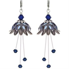 -BLUE DAISY ORACLE PAINTED EARRINGS IN SILVER, NAVY & PALE BLUE.