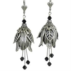 -MODERN LOVE PAINTED EARRINGS IN SILVER & BLACK.