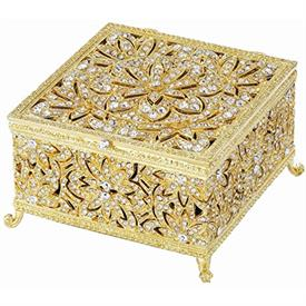 "-,GOLD WINDSOR LARGE BOX. GOLD FINISHED CAST PEWTER HAND-SET WITH EUROPEAN CRYSTALS, 4.5"" WIDE, 2.5"" TALL"
