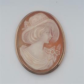 14K YELLOW GOLD, SHELL CAMEO BROOCH 1.6 INCHES LONG 7 GRAMS GROSS WEIGHT