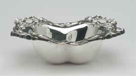 ",FLORAL CANDY DISH STERLING SILVER UNKNOWN MAKER 7"" WIDE BY 2.25"" TALL 5.40 TROY OUNCES BEAUTIFUL PIECE!"
