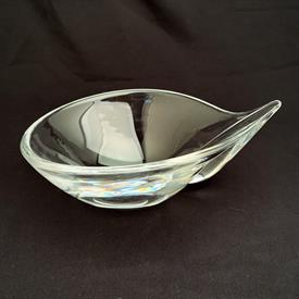 """,MID CENTURY SLOPING GLASS BOWL WITH POINTED END. SIGNED. 3.5"""" TALL, 7.5"""" LONG, 5.6"""" WIDE"""