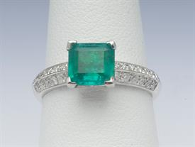 18K WHITE GOLD, 1.14 CARAT EMERALD AND .42 CARAT DIAMOND RING 4 GRAMS GROSS WEIGHT SIZE 6.5