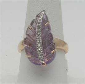 14K YELLOW GOLD, AMETHYST AND DIAMOND RING 7 GRAMS GROSS WEIGHT SIZE 8