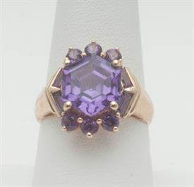 14K YELLOW GOLD, AMETHYST RING 6 GRAMS GROSS WEIGHT SIZE 8.25