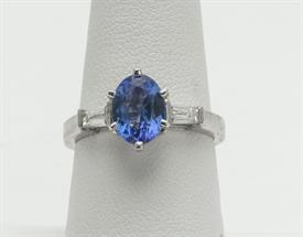 14K WHITE GOLD, TANZANITE AND DIAMOND RING 5 GRAMS GROSS WEIGHT SIZE 7.25