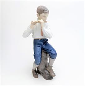 """,'FLUTE PLAYER' BOY PLAYING FLUTE FIGURINE, STYLE #1897. 11.5"""" TALL"""