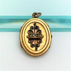 """,VICTORIAN ERA GOLD FILLED & SEED PEARL LOCKET. INTERIOR GLASS INTACT. 1.5"""" LONG, .95"""" WIDE"""