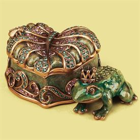 ",_7604/3 FROG PRINCE BOX IN JADE LUSTER. MSRP $356.00. 3.75"" LONG, 2.4"" WIDE, 1.5"" TALL"