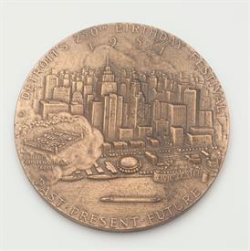 "CADILLAC FOUNDER OF DETROIT BRONZE MEDAL 3"" DIAMETER"