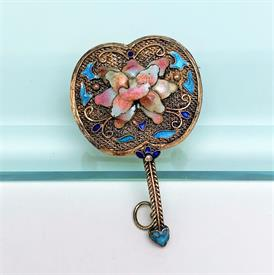 ,CAMROSE & KROSS JBK (JACKIE KENNEDY) REPLICA COCKTAIL RING. SIMULATED EMERALD & DIAMONDS IN GOLD PLATED STERLING SILVER. SIZE 7.5