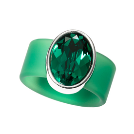 "-,SMALL EMERALD ON GREEN BAND RING. SIZE 7. GENUINE .75"" WIDE SWAROVSKI CRYSTAL."
