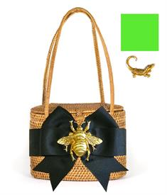 "-,SAVANNAH BAG IN TAN WITH APPLE GREEN BOW & GOLD GATOR CHARM, 7"" WIDE, 5.5"" TALL, 4"" DEEP. WOVEN HANDLES."