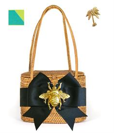 "-,SAVANNAH BAG IN TAN WITH REVERSE TURQUOISE & GREEN BOW & GOLD PALM TREE CHARM. 7"" WIDE, 5.5"" TALL, 4"" DEEP. WOVEN HANDLES"
