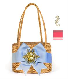 "-,SAVANNAH BAG IN TAN WITH PINK & WHITE STIPE BOW & GOLD SEAHORSE CHARM. 7"" WIDE, 5.5"" TALL, 4"" DEEP. WOVEN HANDLES."