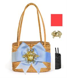 "-,SAVANNAH BAG IN BLACK WITH VIVID PINK BOW & GOLD CRAB CHARM. 7"" WIDE, 5.5"" TALL, 4"" DEEP. WOVEN HANDLES"