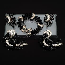 ,5 PIECE SARAH COVENTRY 'VIENNA NIGHTS' SET. INCLUDES PAIR OF CLIP ON EARRINGS, 2 BROOCHES, & BRACELET. CA. 1960'S