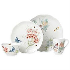 -RED POLL FINCH 4-PIECE PLACE SETTING. MSRP $72.00