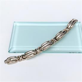 ",VICTORIAN ERA GOLD FILLED & ENAMELED MOUNRING BROOCH WITH PHOTO OF A WOMAN. 1"" WIDE"