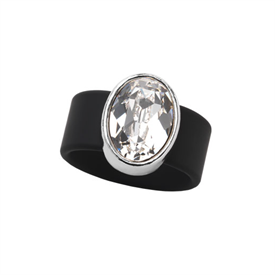 -,SMALL CLEAR CRYSTAL ON BLACK RUBBER BAND RING. FITS APPROX. SIZE 7. APPROX 8 CARAT SWAROVSKI CRYSTAL.