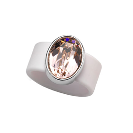 -,MEDIUM VINTAGE ROSE CRYSTAL ON CHAMPAGNE RUBBER BAND RING. FITS APPROX. SIZE 8. APPROX. 8 CARAT SWAROVSKI CRYSTAL