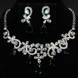 "-,EMERALD GREEN & CLEAR CZ 'FLOWERS' NECKLACE & POST BACK EARRING SET. 17"" NECKLACE WITH 1.75"" DROP. 1.6"" EARRINGS"
