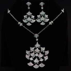 "-,CLEAR CZ GINKGO LEAF NECKLACE & EARRING SET. 20"" NECKLACE WITH 3"" EXTENDER & 2.6"" DROP. 1.8"" LONG, 1.1"" WIDE EARRINGS"