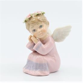 "-GIRL ANGEL KNEELING FIGURINE. 2.6"" WIDE, 3"" TALL"