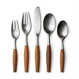 -5 PIECE PLACE SETTING. MSRP $115.00