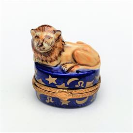 ",RARE RETIRED TURKEY & DRESSING ON PLATTER LIMOGES TRINKET BOX. HAND PAINTED. 1.8"" TALL, 2.75"" LONG, 2"" WIDE"