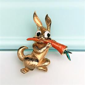 """,RARE VINTAGE BOUCHER RABBIT WITH CARROT BROOCH #9213P. 2.1"""" TALL, 1.75"""" WIDE"""