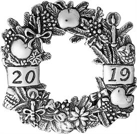 _,Annual Wreath Ornament Year 2019 sterling silver by Hand & Hammer