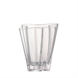 "-CLEAR MEDIUM VASE. 7.75"" TALL"
