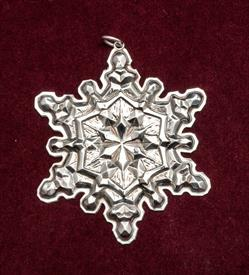 ,1971 SNOWFLAKE STERLING SILVER BY GORHAM WITH BOX