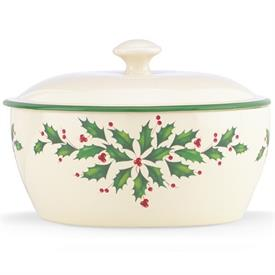-32 OZ. COVERED CASSEROLE. MSRP $40.00