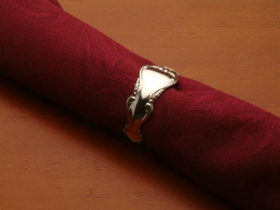 "NAPKIN RING 1/2""WIDE"