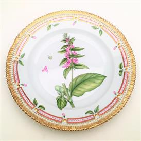 ,DINNER PLATE IN THE STACHYS GERMANICA L. PLANT. COMPLETE WITH ORIGINAL BOX, LINERS, & PAPERWORK.