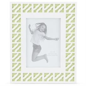 "_5X7"" WHITE & GREEN FRAME. MSRP $34.00"
